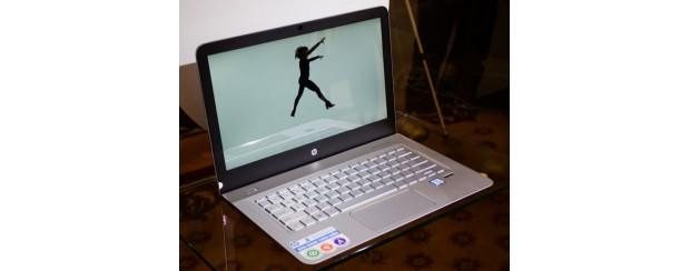 Laptop HP vỏ nhôm nguyên khối khan hàng ở Việt Nam